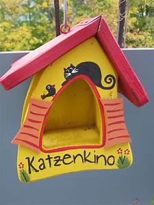 Blumentopf Balkongeländer Hängen : vogelhaus befestigung am balkon beachten sie beim ~ Buech-reservation.com Haus und Dekorationen
