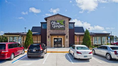 Olive Garden Florida Mall by Inside Look At Olive Garden S Refreshed Design Orlando