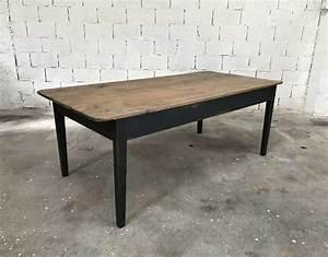 Table Ancienne De Ferme : ancienne table de ferme en pin patine noire ~ Teatrodelosmanantiales.com Idées de Décoration