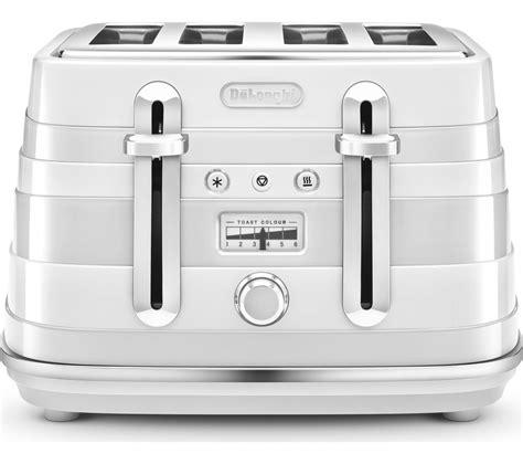 delonghi 4 slice toaster buy delonghi avvolta cta4003 w 4 slice toaster white