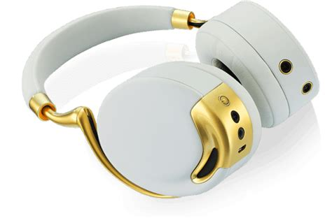gold iphone headphones 6 golden accessories for the gold iphone 5s drippler