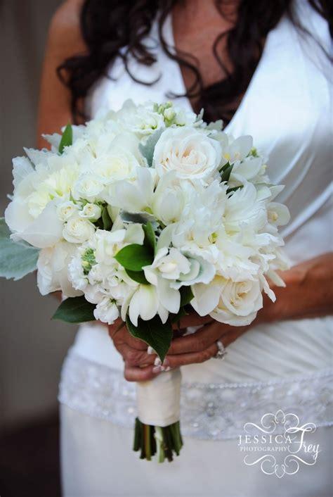 wedding party bridal bouquet flower ideas austin
