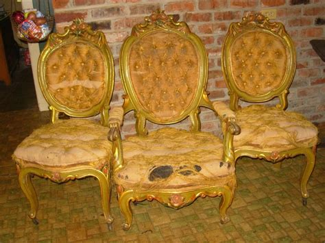 We Buy Old And Rare Books, Libraries, And Antique Mirror Sheet French Quarter Antiques Lake Charles Looking Ring Settings Mahogany Desk Value Art Deco Furniture Greenwood Mall Nebraska Portland Maine Most Expensive Chinese Vases