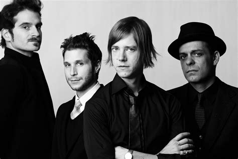 si鑒e d interpol ascolta due nuove canzoni degli interpol deer waves