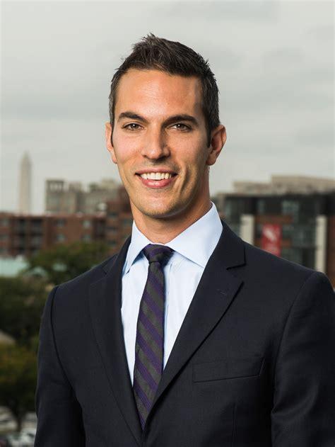 Ari Shapiro : NPR