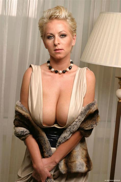 julia sonnet nude julia classy sex porn pages