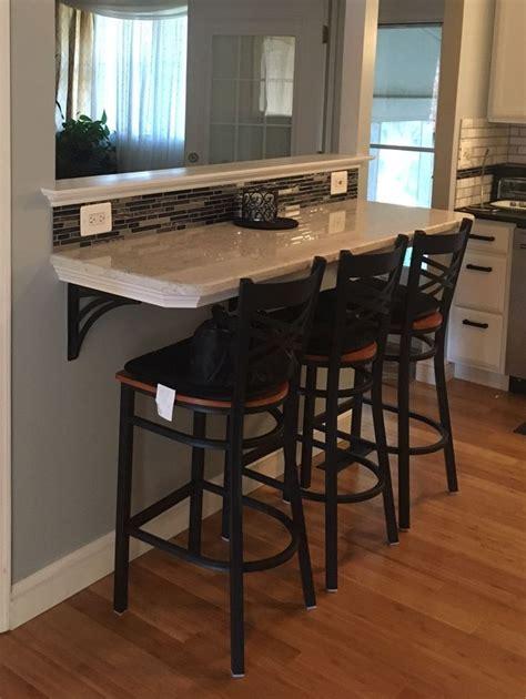 backsplash for kitchen countertops 25 best ideas about quartz counter on 4252