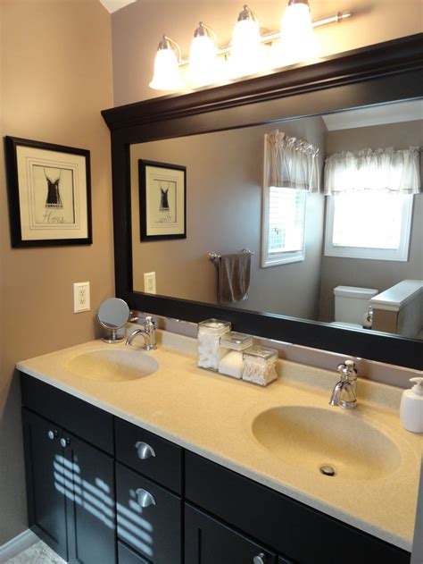 How To Make A Frame For A Bathroom Mirror by 1000 Ideas About Frame Bathroom Mirrors On