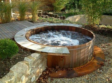 whirlpool garten selber bauen whirlpool im gartens selber bauen badetonne im boden outdoor living whirlpool garten