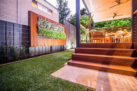Giardino Verticale  Varie Idee Per L'esterno E L'interno
