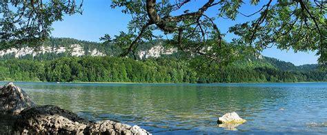 chambre d hote jura region des lacs auberge des 5 lacs gîtes et chambres d 39 hôtes dans le