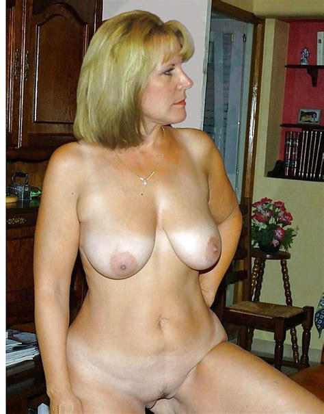 Mom Is Always Naked At Home Imgs XHamster