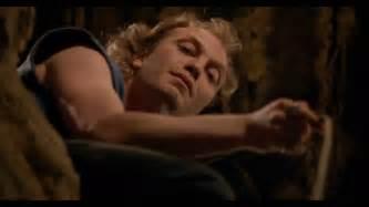 Buffalo Bill Silence Of The Lambs Memes - the silence of the lambs it rubs the lotion on its skin hd youtube