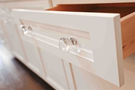 glass kitchen cabinet pulls what type of cabinets door knobs do you prefer 3793