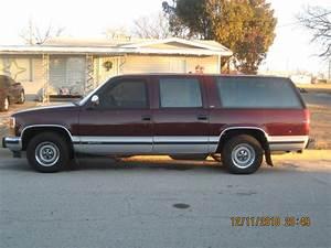 Funkyboi20 1993 Chevrolet Suburban 1500 Specs  Photos