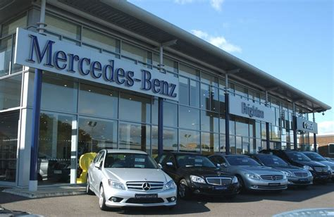 mercedes benz dealership  ototrendsnet