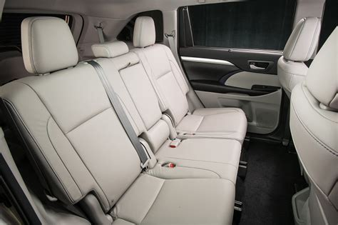 Toyota Highlander Xle Captains Chairs by Test Drive 2017 Toyota Highlander J D Power Cars