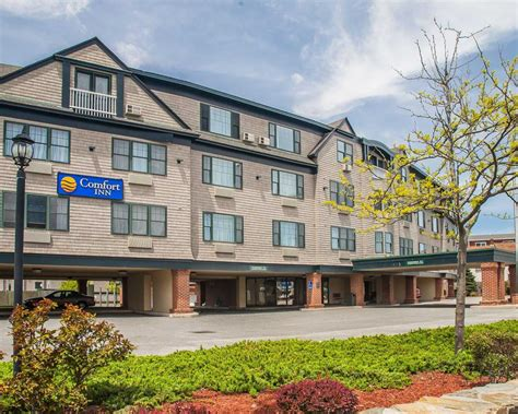 comfort inn middletown ri comfort inn at newport in middletown ri 401 619