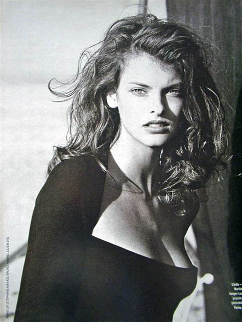 linda evangelista hd wallpapers