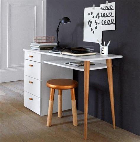 bureau nordique des petits bureaux pour un coin studieux bureau