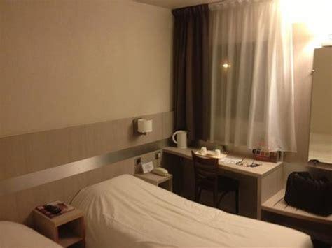 prix chambre kyriad chambre avec bouilloire accueillant photo de kyriad