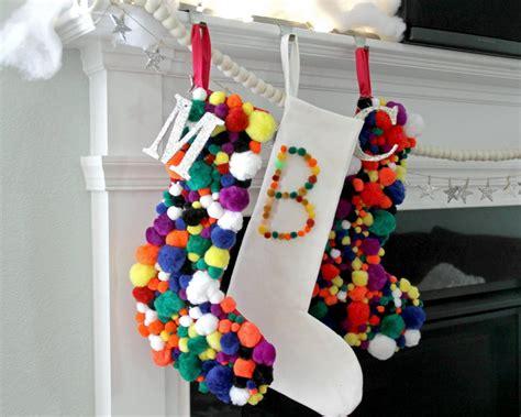 pompom christmas stocking  tos diy