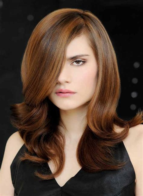 Hairstyle With Highlights by Dynamic Hairstyle With Highlights To Create Depth