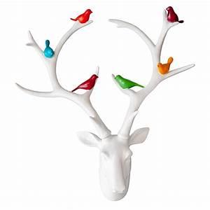 Tete De Cerf Blanche : t te de chevreuil blanche avec oiseaux color s d cors v ronneau ~ Teatrodelosmanantiales.com Idées de Décoration
