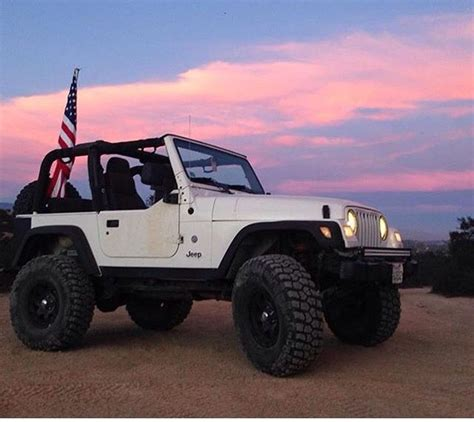 white jeep wrangler 2 door white 2 door jeep modified jeep wranglers pinterest