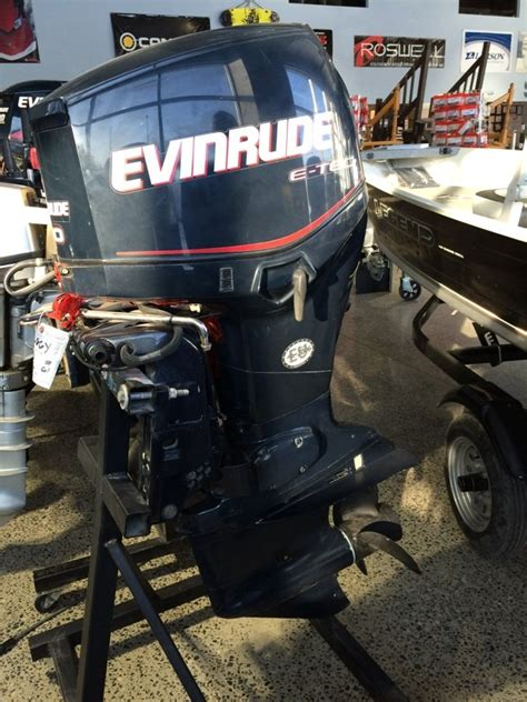 Used Outboard Motors For Sale Ottawa by Evinrude 90 Etec 2004 Used Outboard For Sale In Ottawa