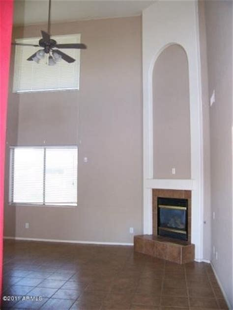 i am purchasing this home and trying to decide paint colors the tile is light to medium brown