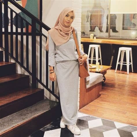 dress tak melulu feminin lho 9 style dress simpel yang