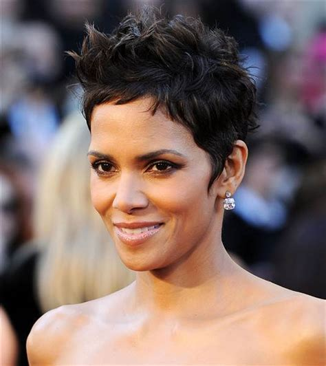 Halle Berry's hair is a short, pixie cut again   TODAY.com