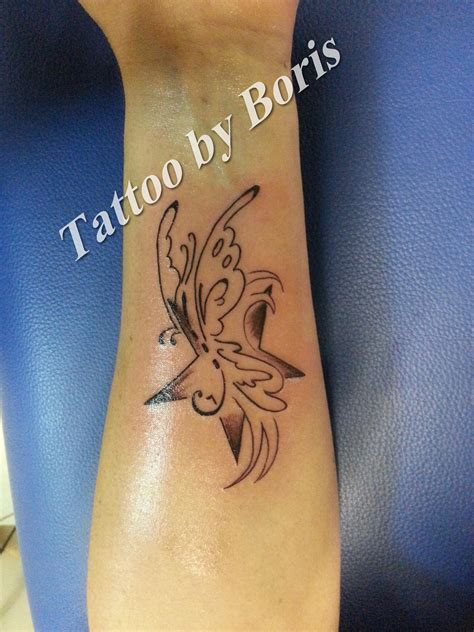 tatouage avant bras etoile modeles  exemples