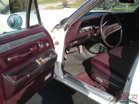 chrysler imperial lebaron  dr sedan vinyl top