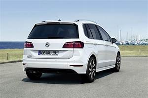 Golf Sportsvan 2017 : vw golf sportsvan gets an r line sporty upgrade ~ Medecine-chirurgie-esthetiques.com Avis de Voitures