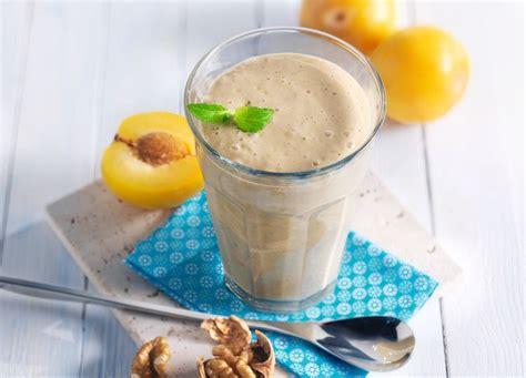 beurre de coco cuisine smoothie aux noix aux prunes et au beurre de coco