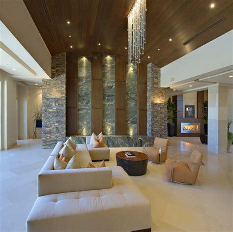 high ceiling living room     room bigger