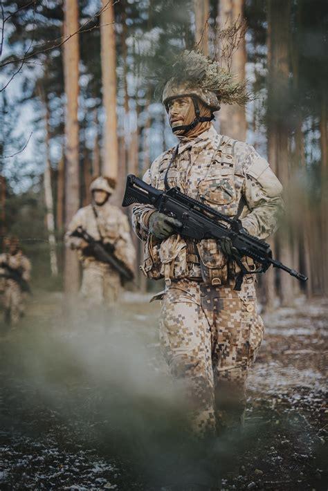 Foto: Karavīri piedalās taktiskajā kursā | Sargs.lv