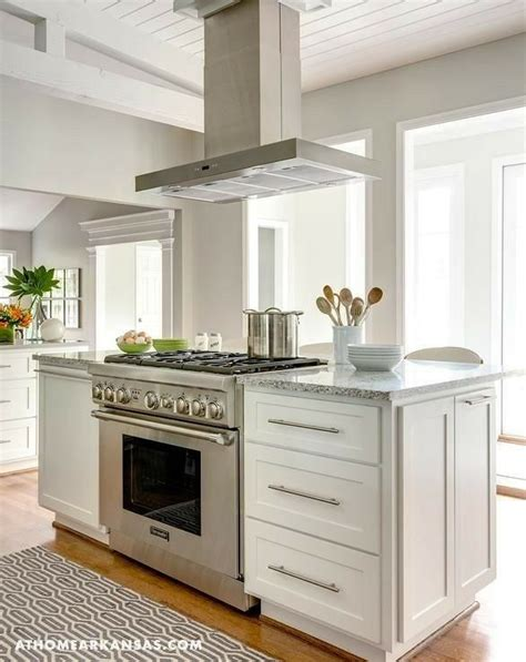 Kitchen Island Vent Ideas by I Really Like The Idea Of The Range Cooker In An Island