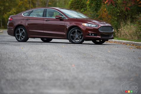 The 2015 Ford Fusion Titanium Wards Off Asian Midsize Cars