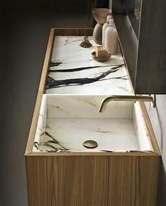 Salle De Bain Marbre Blanc : id e d coration salle de bain jolie salle de bain en marbre blanc et robinet en or ~ Nature-et-papiers.com Idées de Décoration