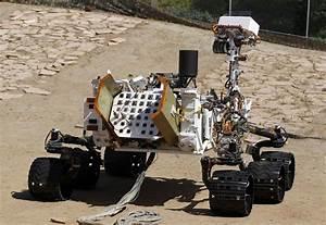 NASA lands Curiosity rover on Mars