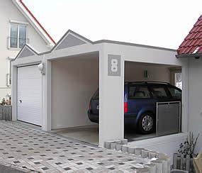 Fertiggarage Modelle Und Gestaltungsmoeglichkeiten by Carport Magic Die Wandelbare Offene Garage Garagen Welt