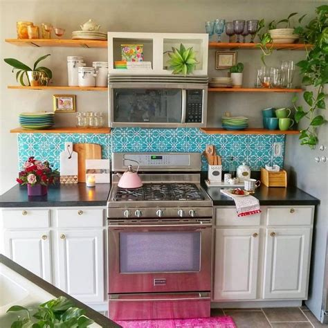 Any ideas on an inexpensive way of doing this? Top Ideas to Get Boho Style Kitchen | Bohemian Kitchen ...