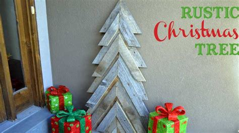 rustic christmas tree  tool belt