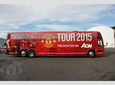 Manchester United arrive in Seattle for preseason tour