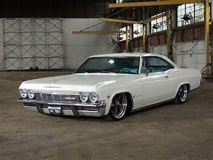 Garage Chevrolet : 1965 chevy impala gas monkey garage dammit i dnt want 2 talk about it more amazing cars ~ Gottalentnigeria.com Avis de Voitures