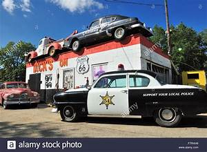 Garage Route 66 : garage and towing service on the old historic route 66 roadway that stock photo 90873138 alamy ~ Medecine-chirurgie-esthetiques.com Avis de Voitures