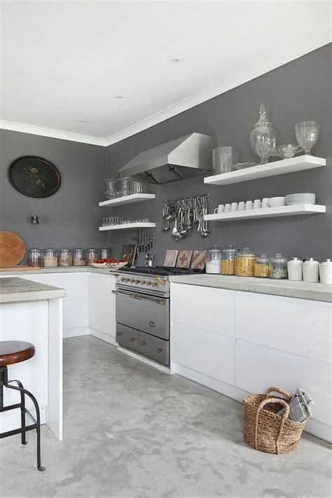 deco salon peinture murale de cuisine grise  blanche